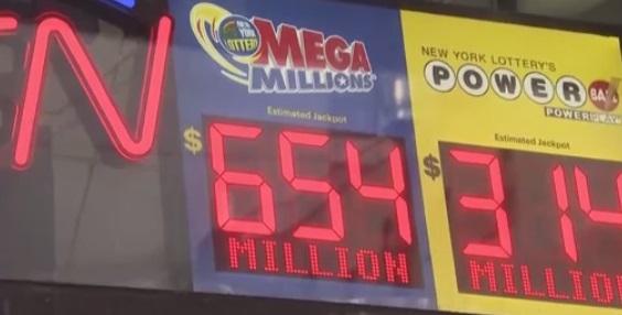 Giải độc đắc Mega Millions đạt mức kỷ lục thứ ba lịch sử sổ xố Hoa Kỳ: 868 triệu Mỹ kim
