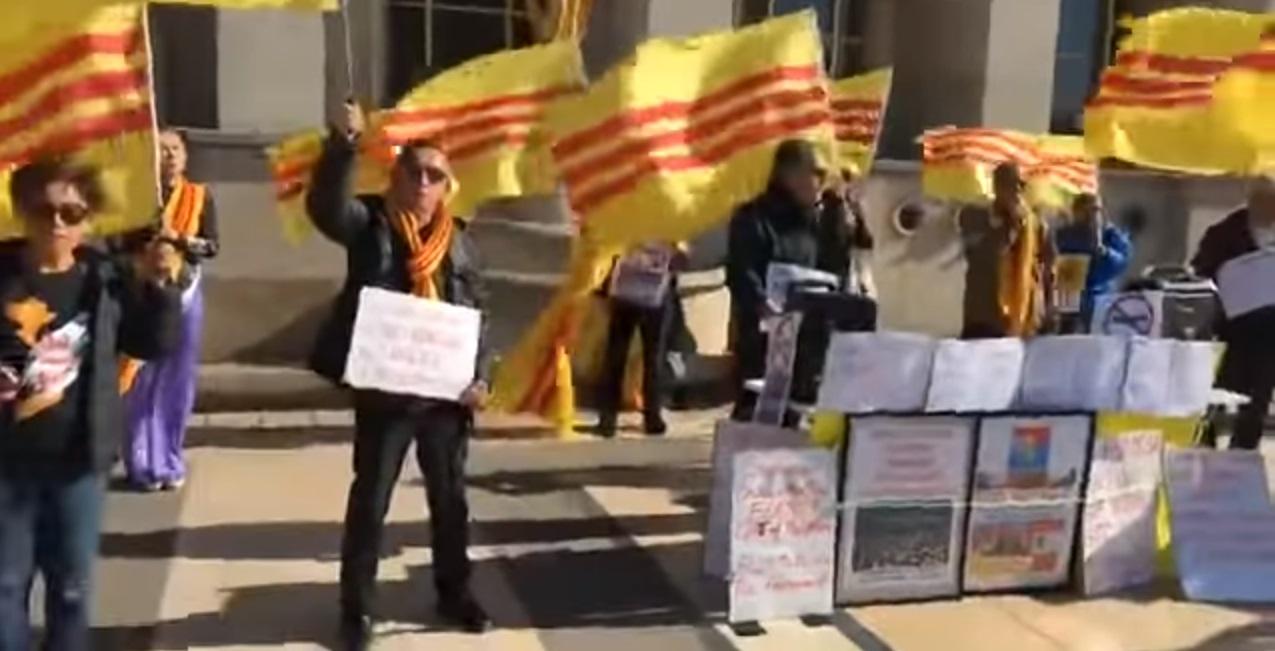 Paris biểu tình đồng hành cùng quốc nội chống CSVN bán nước và chống Formosa