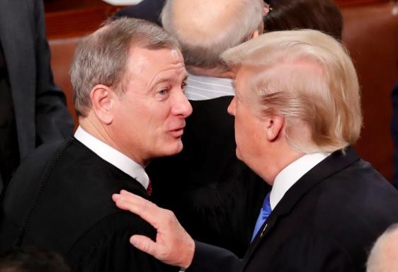 Thẩm phán Tối cao Pháp viện đối đầu với Tổng thống