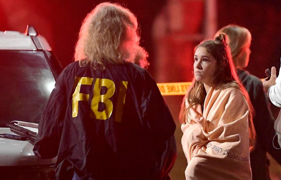 Nổ súng tại thành phố Thousand Oaks, California – 12 người chết