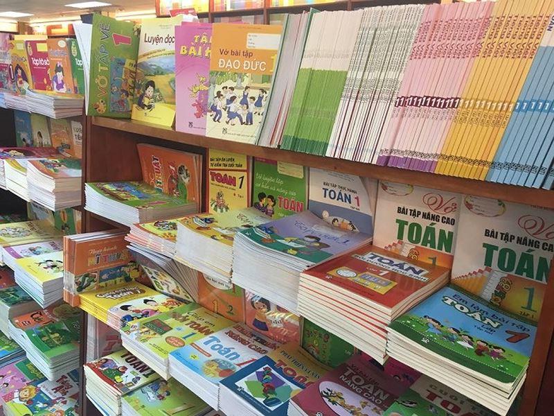 Việt Nam đầu tư 3 tỷ Mỹ kim tiền sách chỉ dùng được một lần