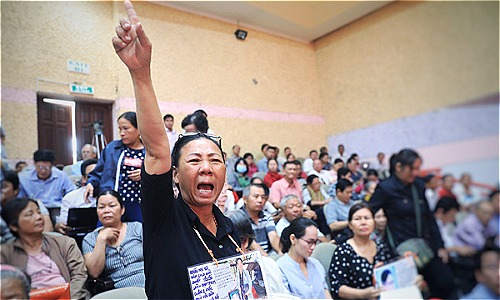 Hơn 2,200 gia đình ở Thủ Thiêm gửi đơn chất vấn chính sách đất đai