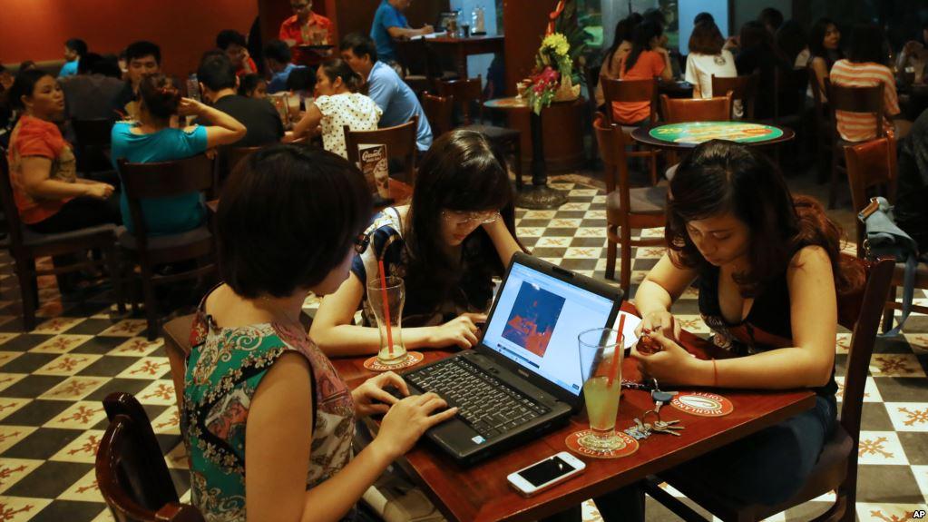 CSVN muốn 50% người dùng sử dụng mạng xã hội trong nước vào năm 2020