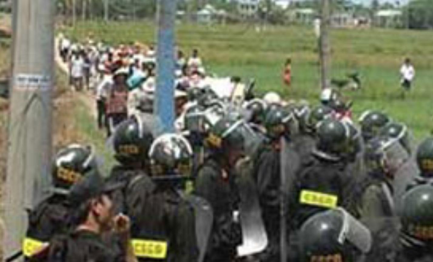 Đà Nẵng cưỡng chế đất của giáo dân Cồn Dầu