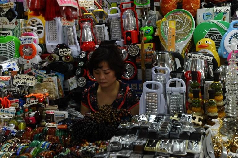 Việt Nam nhập cảng 59.7 tỷ Mỹ kim hàng hoá Trung Cộng