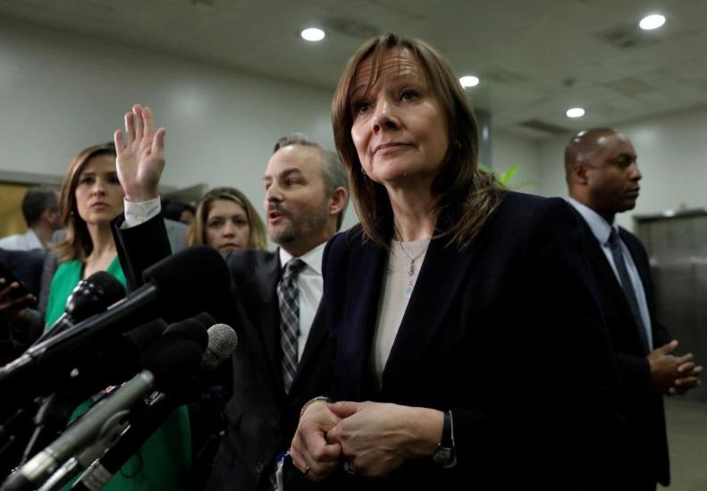 Giám đốc điều hành General Motors bị những nhà lập pháp chỉ trích gay gắt