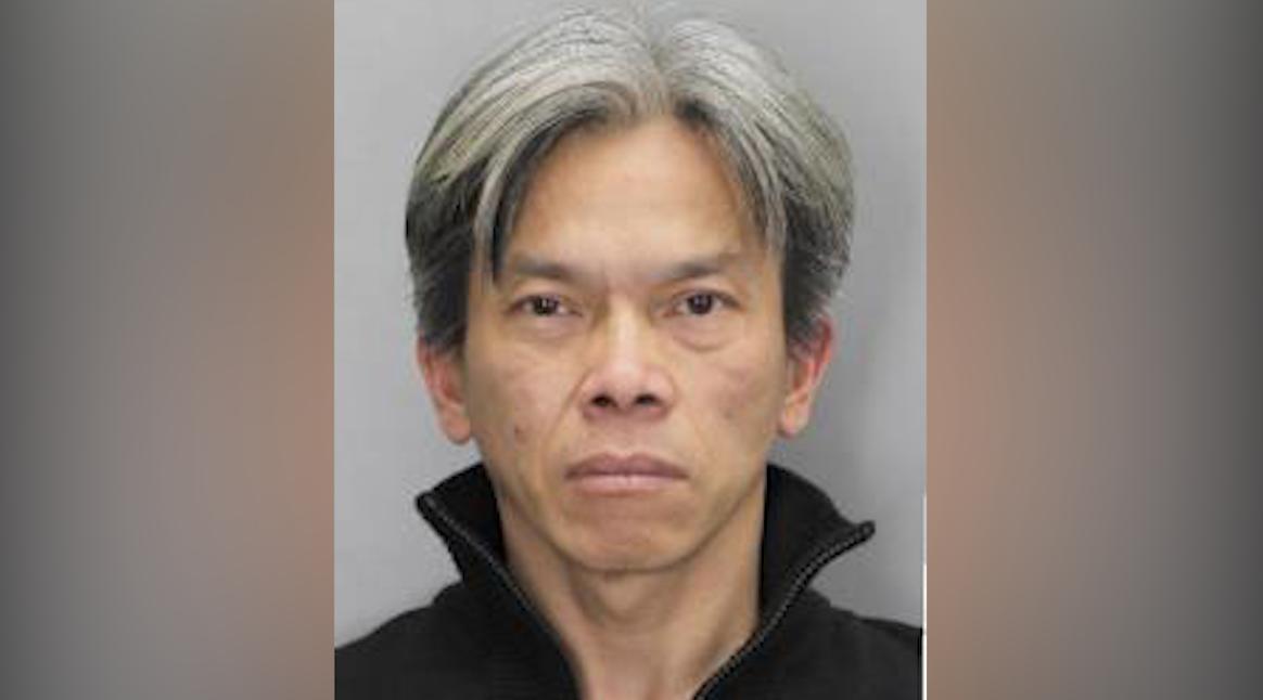 Bắt người đàn ông Việt Nam trộm hàng tại khu mua sắm Tysons Corner Center