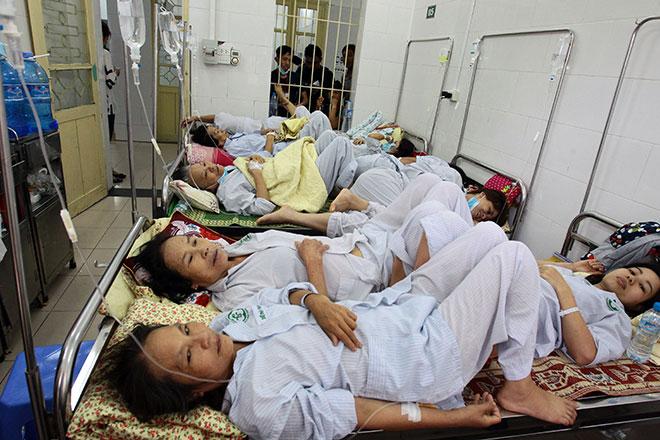 Người Việt chi hàng tỷ Mỹ kim để đi chữa bệnh ở ngoại quốc