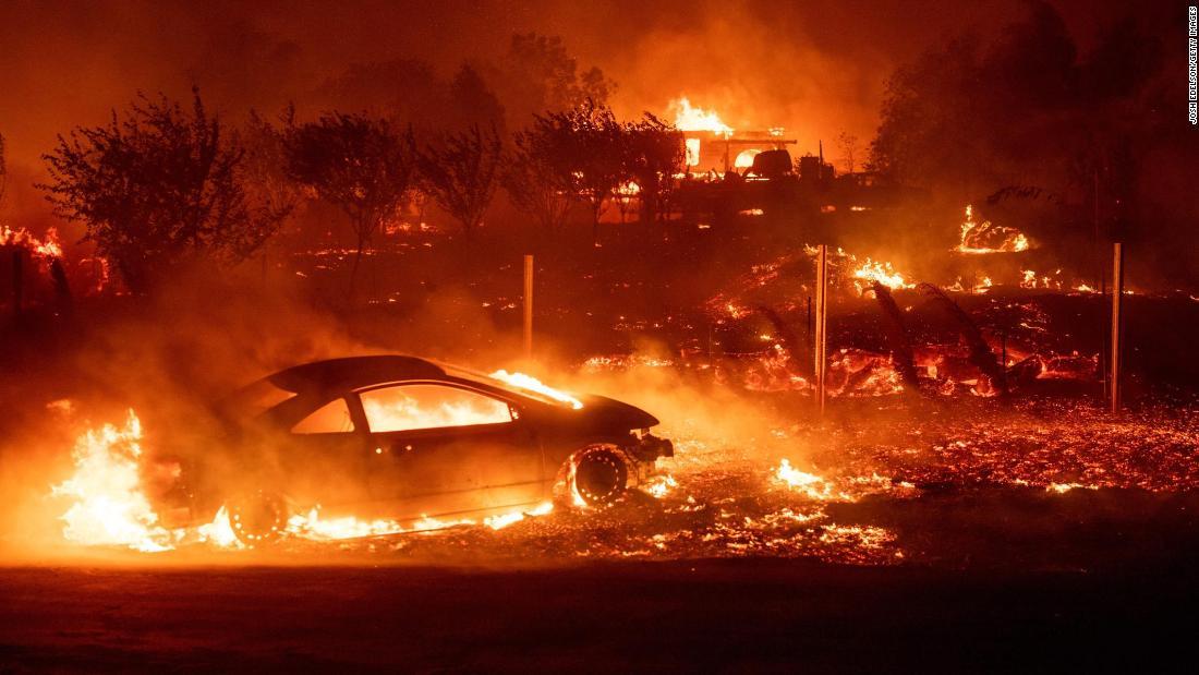 Công ty điện lực và gas California có thể bị buộc tội giết người vì gây ra cháy rừng