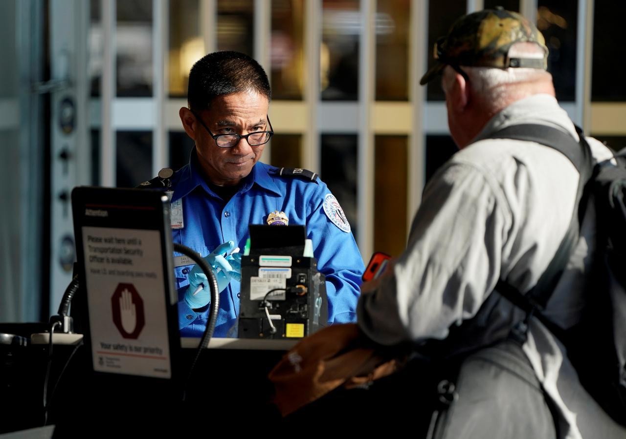 California được gia hạn thời gian để đáp ứng yêu cầu về giấy căn cước REAL ID