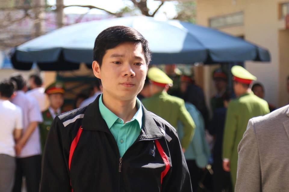 Phản đối vụ toà kết án bác sĩ Hoàng Công Lương, giới bác sĩ xin nghỉ việc, từ chối khám bệnh cho ngành tư pháp CSVN