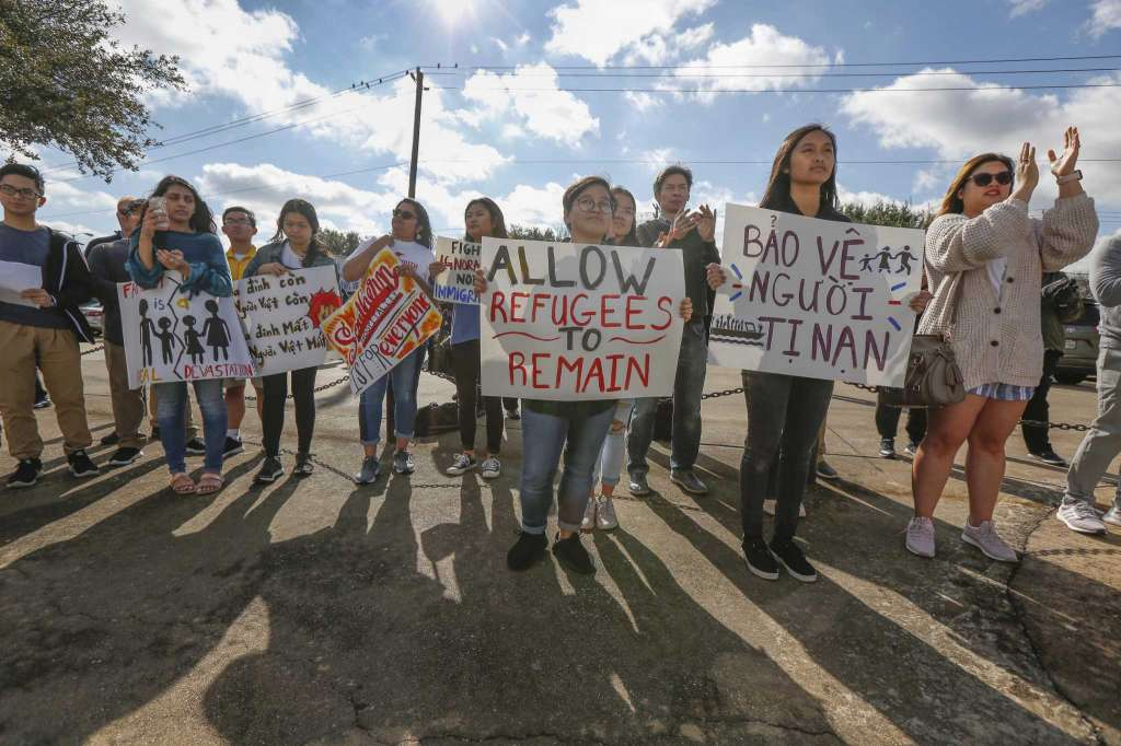 Người Việt tị nạn ở Houston xin gia hạn bảo vệ trục xuất