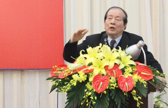 Chủ tịch Hội nhà văn CSVN vui mừng vì vẫn được chế độ nuôi 4 vạn người