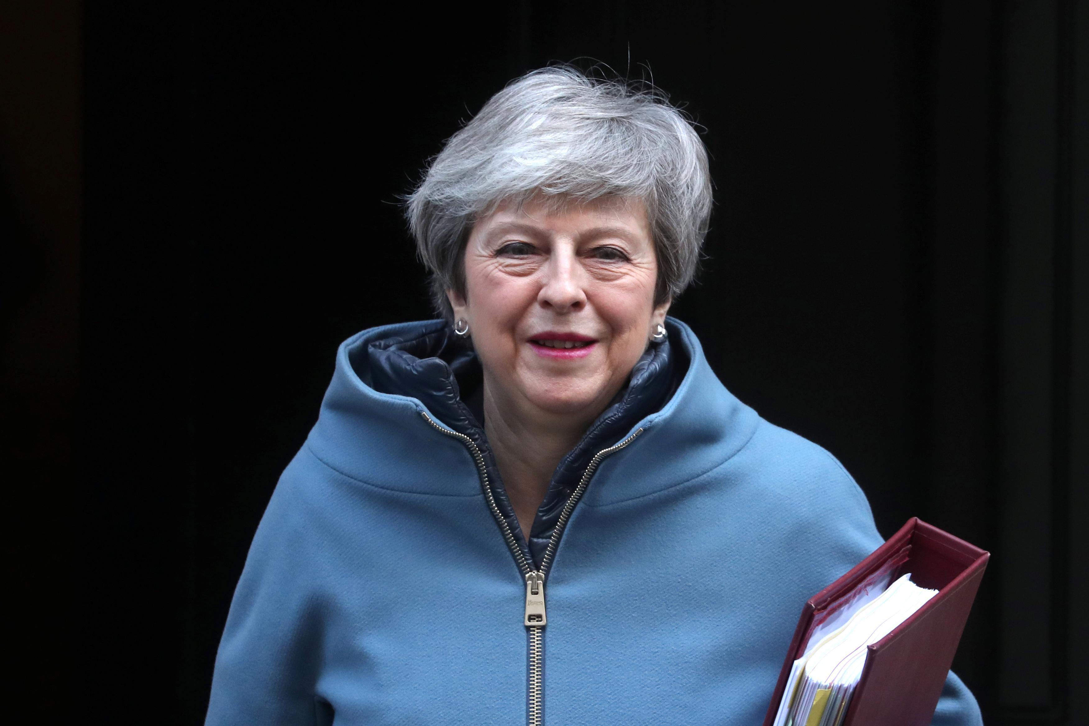 Thủ tướng Anh Theresa May hứa hẹn mở lại cuộc bỏ phiếu về thỏa thuận Brexit