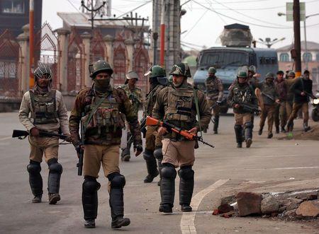 Hơn 100 người ly khai bị bắt giữ trong các cuộc đột kích tại Kashmir trước thềm bầu cử
