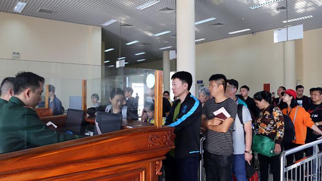 45 ngàn du khách Trung Cộng đến Quảng Ninh trong dịp Tết