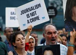 Hồ sơ rò rỉ tiết lộ Iran đàn áp các nhà báo trong 30 năm