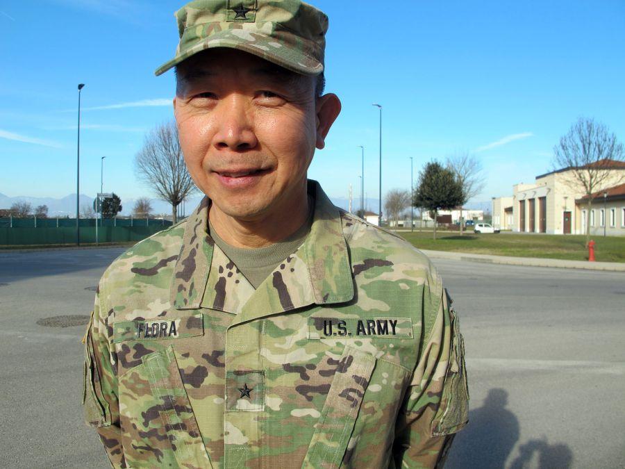 Tướng lục quân Hoa Kỳ gốc Việt Châu Lập Thể Flora nói về giấc mơ Mỹ