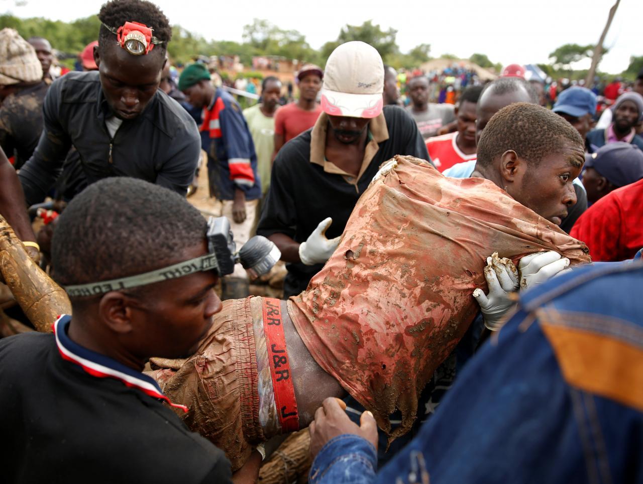Tìm được 22 thi thể, cứu sống 8 người tại mỏ vàng Zimbabwe bị ngập lụt