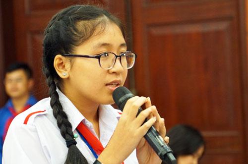 Bị quá nhiều áp lực, học sinh cấp 2 ở Sài Gòn lên tiếng yêu cầu cải cách giáo dục
