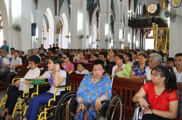 Caritas Hà Nội cam kết hành động ngăn chận tình trạng bất bình đẳng xã hội