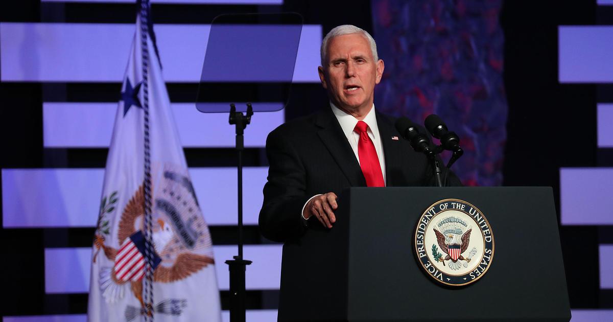 Phó Tổng thống Mike Pence cổ vũ tinh thần người dân Venezuala ở Miami