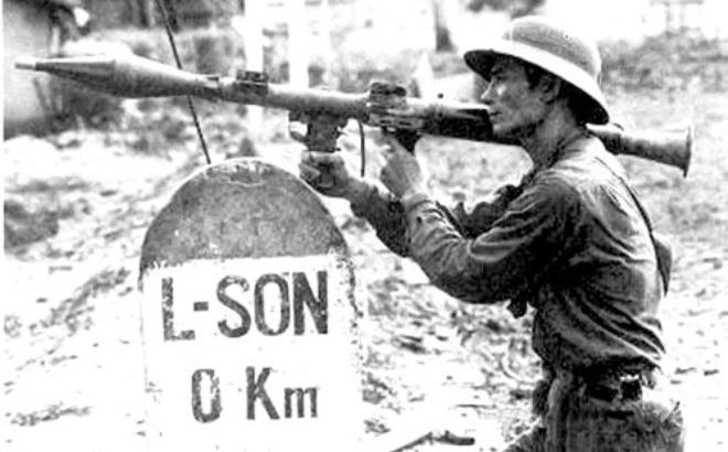 """40 năm chiến tranh Việt-Trung: CSVN vẫn không dám """"đối đầu"""" Trung Cộng"""