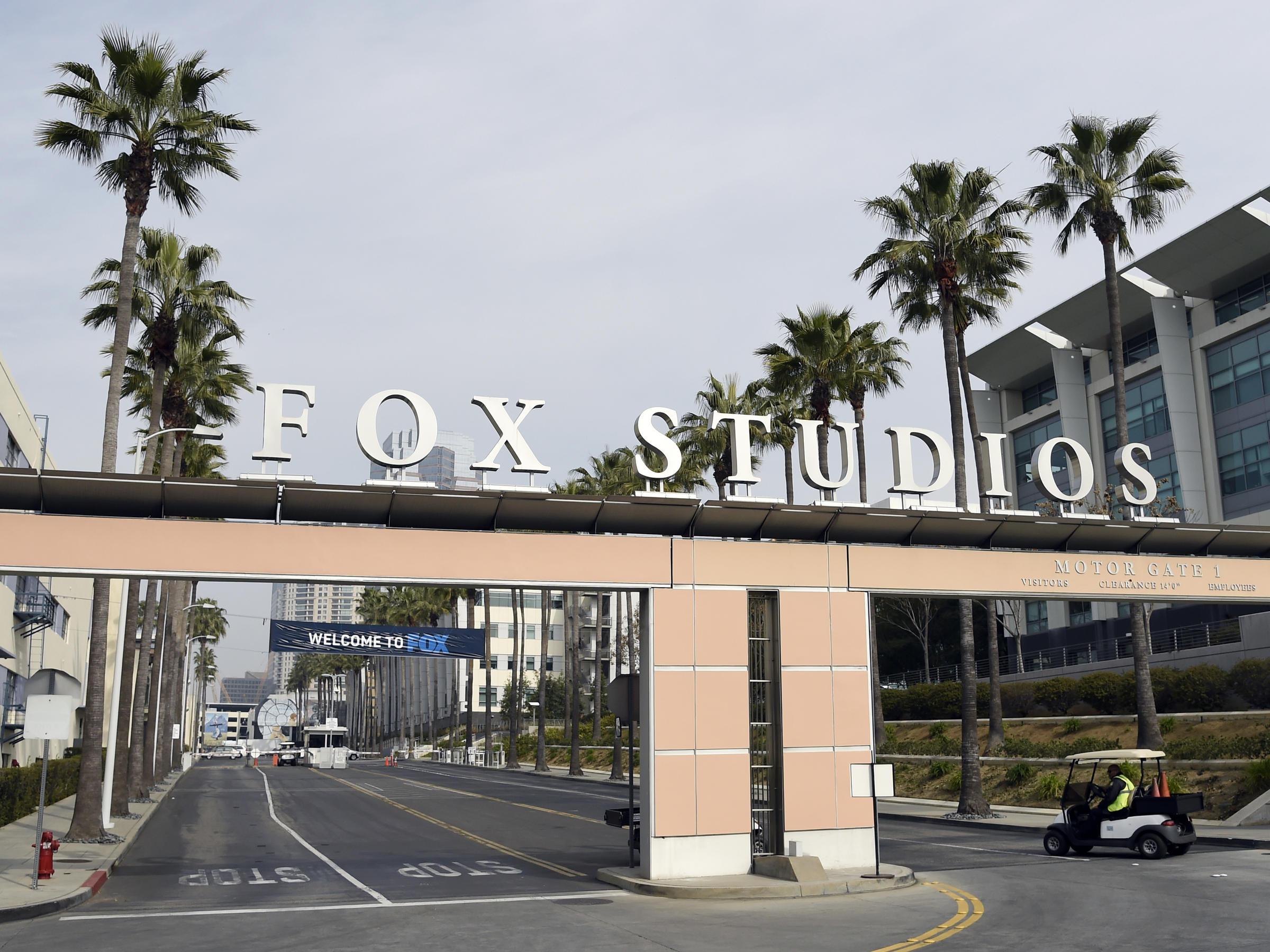 Disney chính thức sở hữu hãng 21st Century Fox