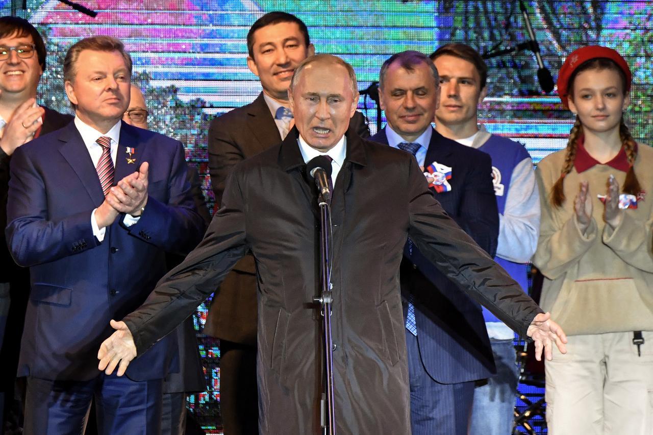 Tổng thống Nga khánh thành các nhà máy điện vào ngày kỷ niệm sáp nhập Crimea