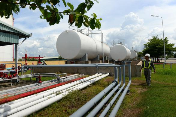 Các công ty kinh doanh xăng dầu lo thiếu xăng, không có hàng bán