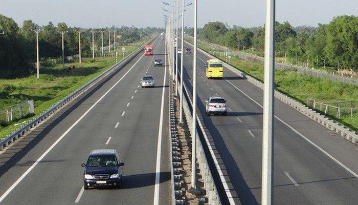 Giới bất đồng chính kiến phản đối thuê Trung Cộng xây đường xa lộ Bắc – Nam