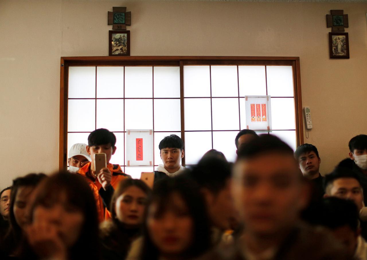 Giới trẻ Việt Nam bất chấp rủi ro, đổ xô sang Nhật làm việc