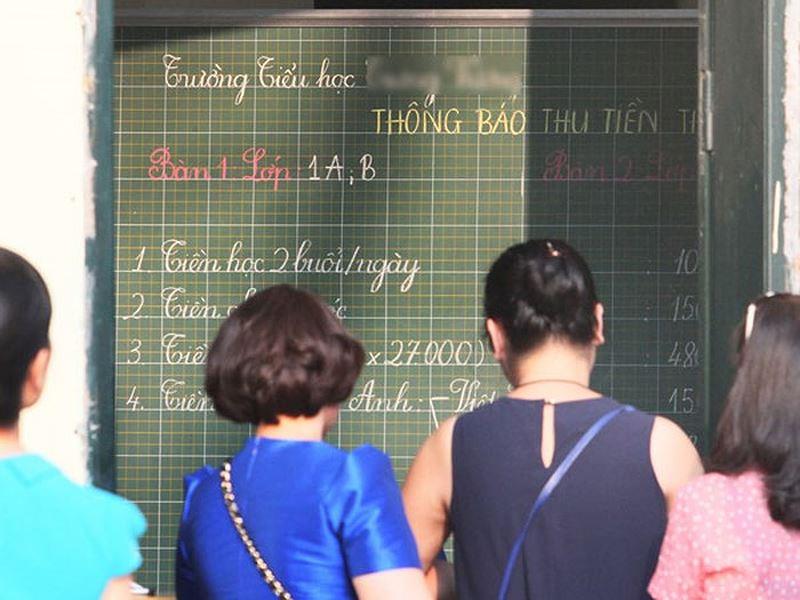 Giáo viên chủ nhiệm ở Việt Nam bị biến thành công cụ thu tiền