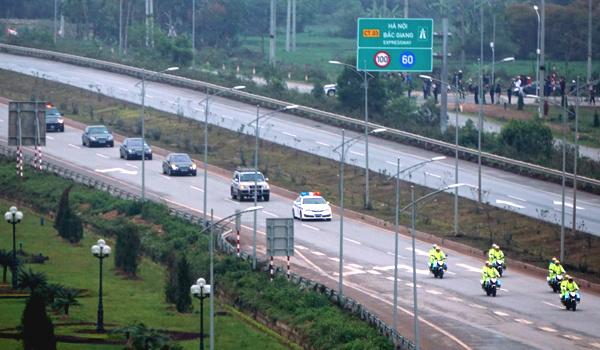 Phong toả 170 cây số trên quốc lộ 1 từ Hà Nội đến biên giới Hoa lục