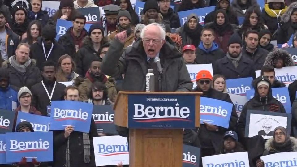 Thượng nghị sĩ Bernie Sanders cởi mở hơn về bản thân trong cuộc tranh cử năm 2020