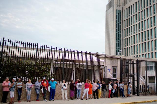 Dân Cuba thất vọng vì Hoa Kỳ chấm dứt chương trình visa du lịch kéo dài 5 năm