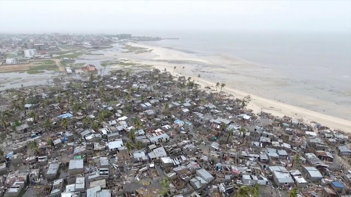 Bão và lũ lụt càn quét Mozambique – hơn 1,000 người thiệt mạng