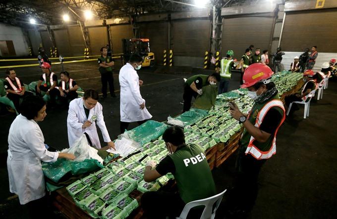 Việt Nam và Philippines phá đường dây buôn lậu ma tuý xuyên quốc gia do một người Trung Cộng cầm đầu