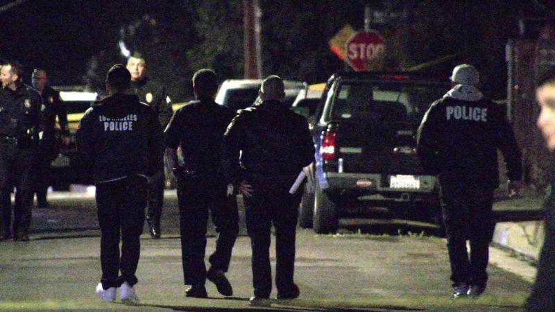 Phụ nữ gốc Việt bị cướp dùng dao đâm để cướp xe tại Los Angeles