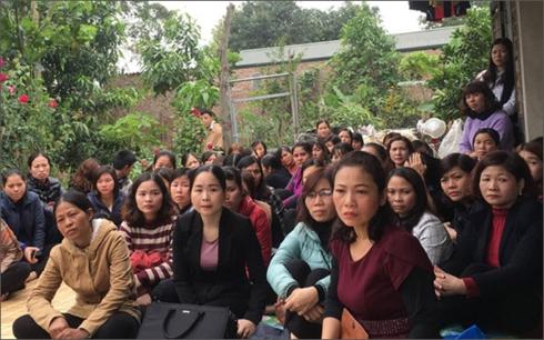 Gần 300 giáo viên kỳ cựu trong ngành giáo dục đứng trước nguy cơ mất việc