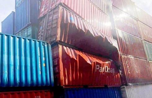 Container chứa nguyên liệu phụ gia thực phẩm Trung Cộng phát nổ tại Tân Cảng Cát Lái