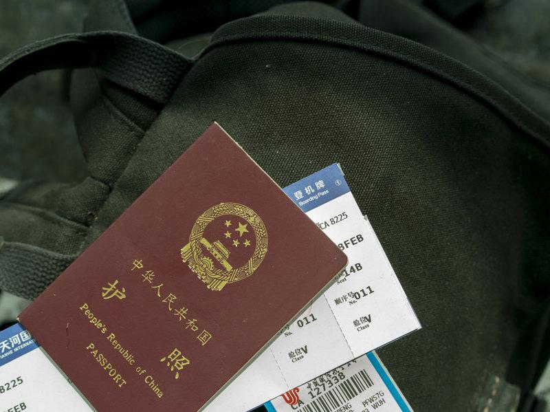 Visa nhập cư trở thành vũ khí mới trong cuộc đối đầu Mỹ – Trung