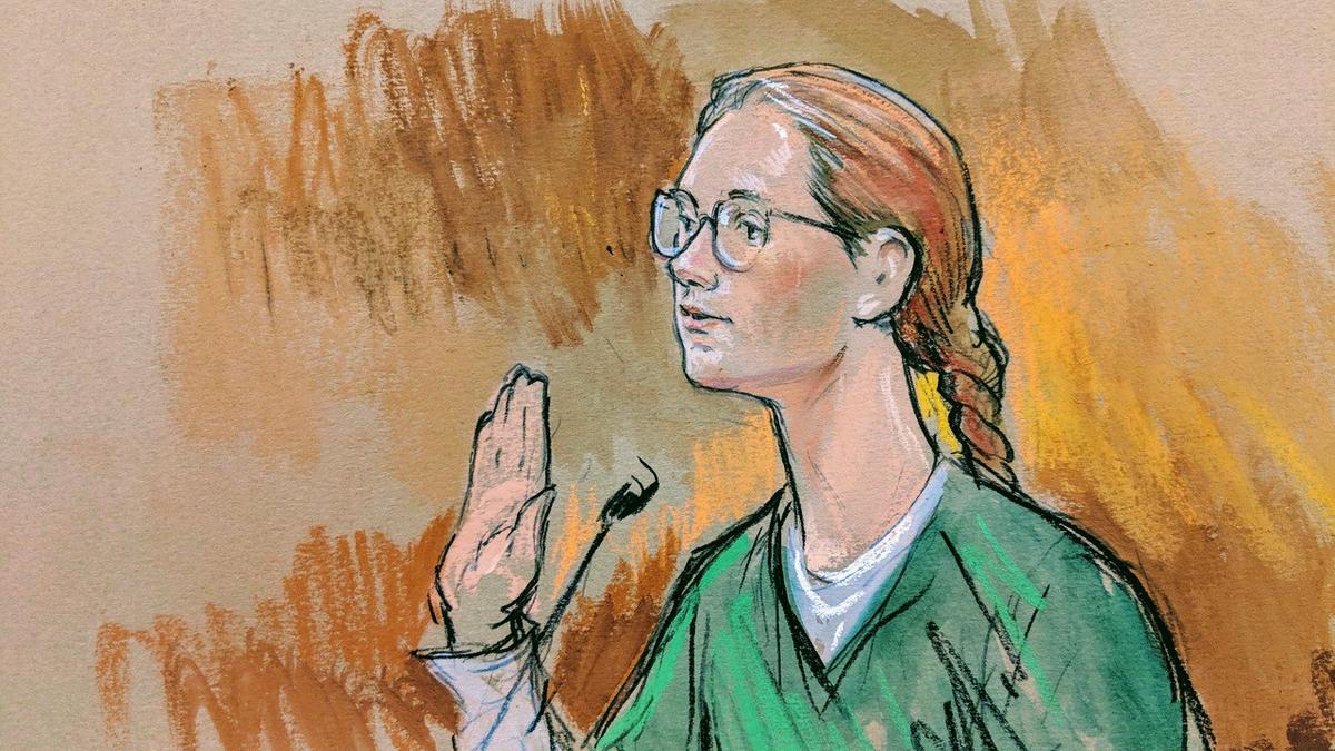 Nữ công dân Nga Maria Butina bị kết án 18 tháng tù