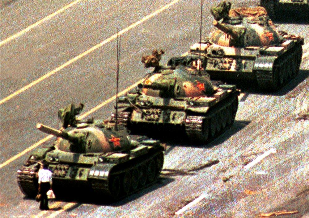 Đoạn video 'tank man' của Leica khiến Trung Cộng phản đối kịch liệt trước lễ kỷ niệm Thiên An Môn