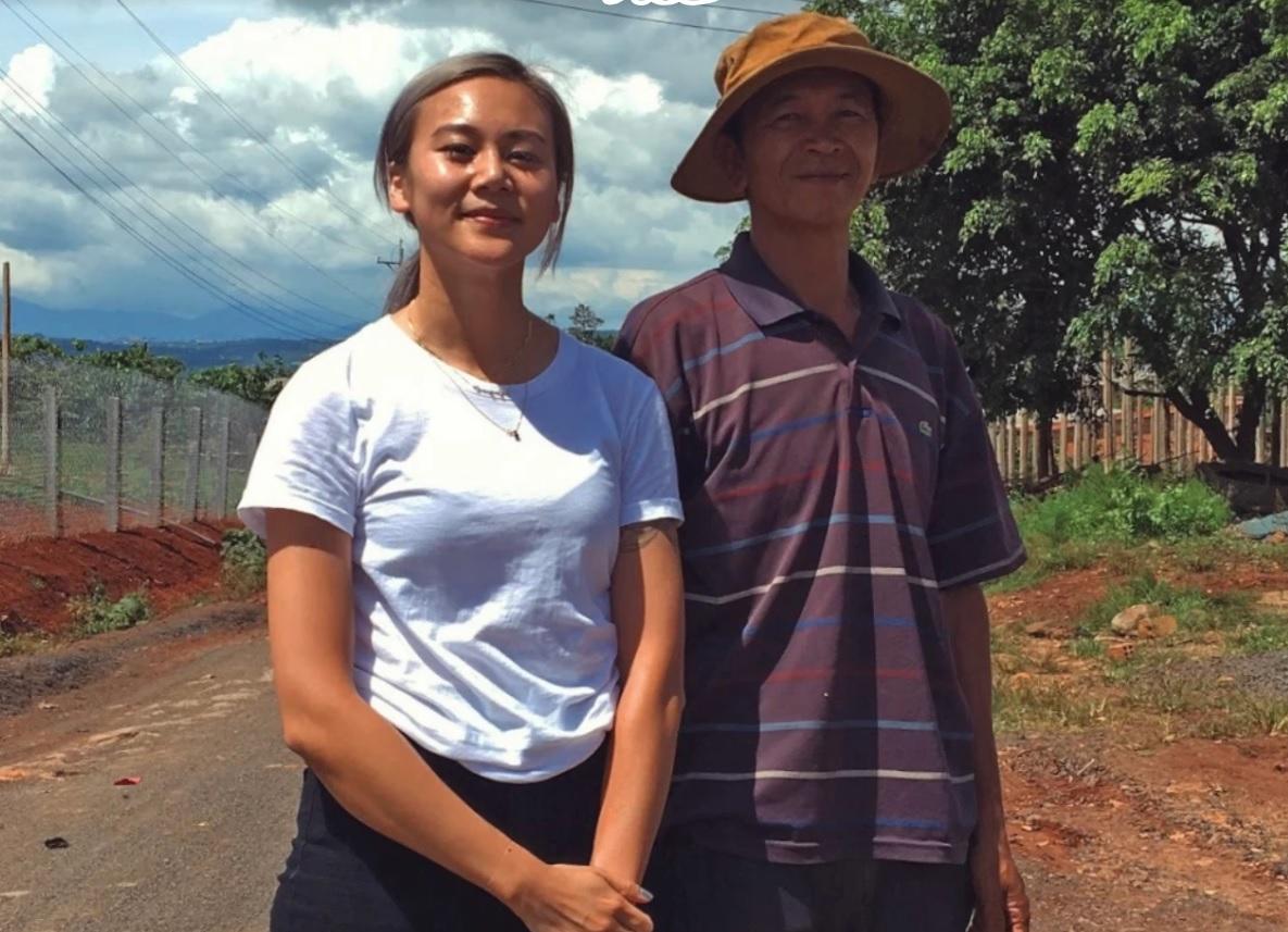 Con gái gia đình Việt tị nạn quảng bá cà phê Việt Nam tại Mỹ, kêu gọi trả lương nông dân công bằng
