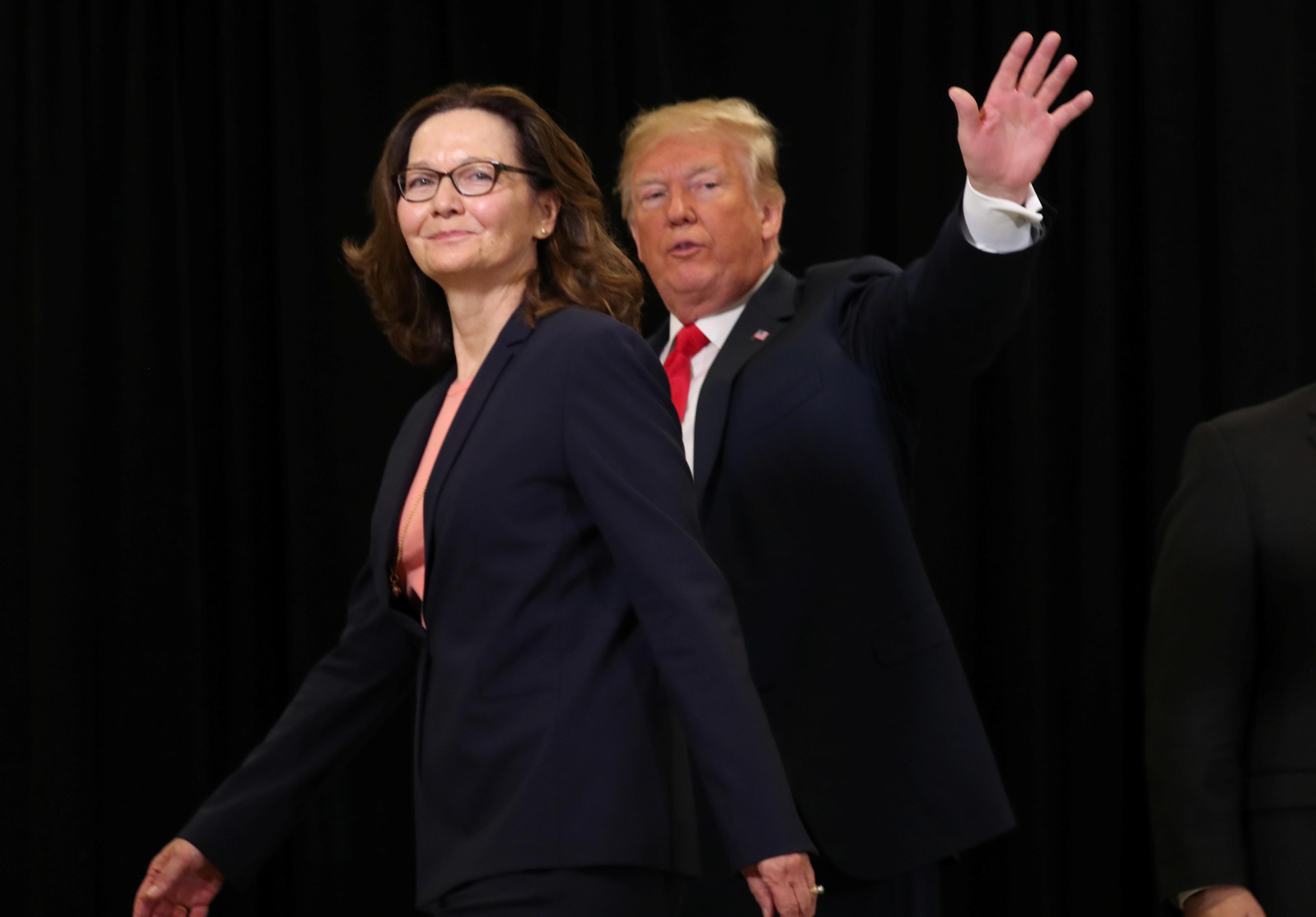 Giám đốc CIA ca ngợi sự thông thái của Tổng thống Trump