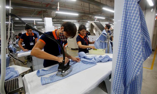 Các thương hiệu may mặc thế giới bị tố cáo bóc lột công nhân Việt Nam