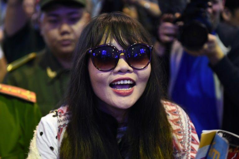Đoàn Thị Hương người bị cáo buộc giết người anh cùng cha khác mẹ của chủ tịch Kim Jong Un trở về Việt Nam