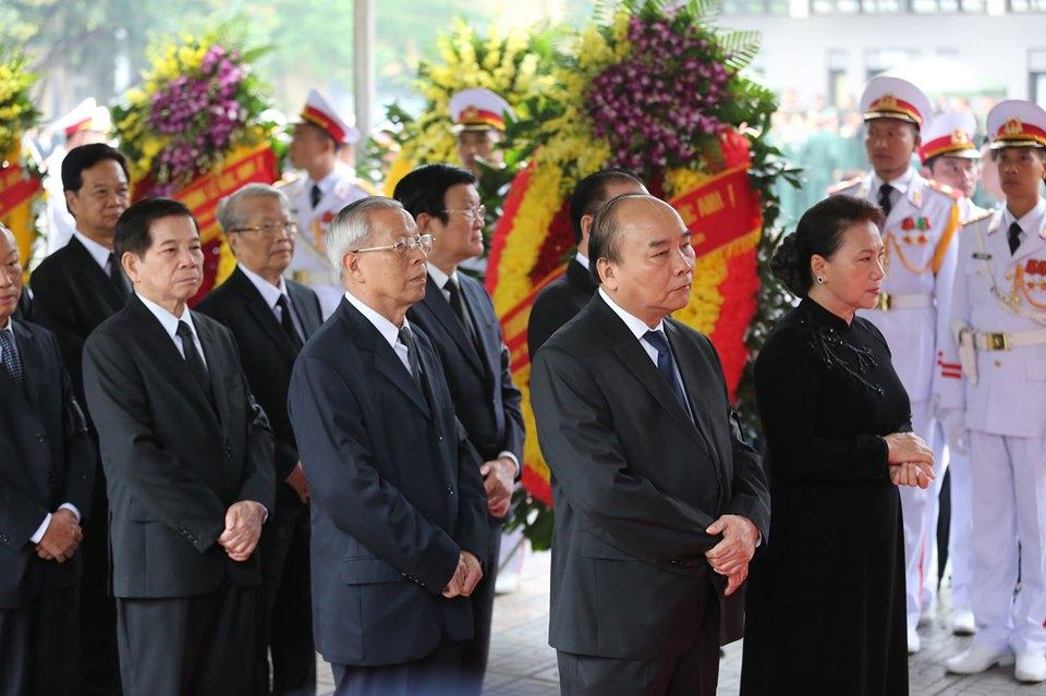 Nguyễn Phú Trọng không dự, chỉ gửi vòng hoa viếng tang lễ Lê Đức Anh