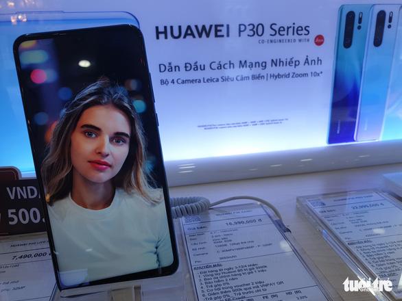 Điện thoại Huawei 23 triệu ở Việt Nam bị trả giá còn 500,000 đồng vì tuyên bố của Google